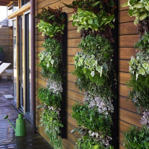 Super-Creative-Vertical-Garden-Ideas-24