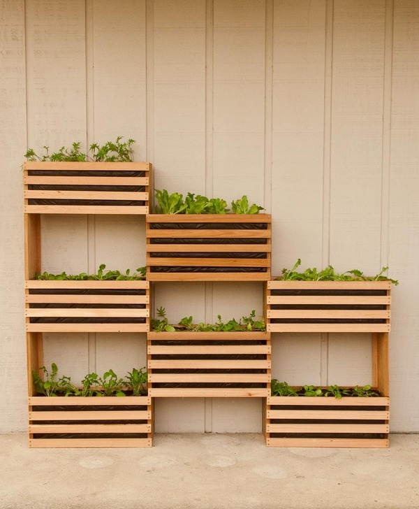 Super-Creative-Vertical-Garden-Ideas-27