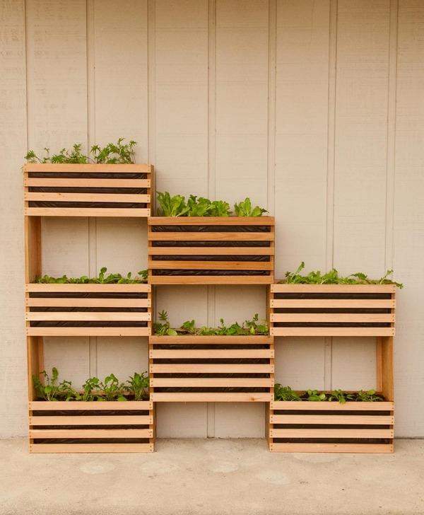 Super-Creative-Vertical-Garden-Ideas-27