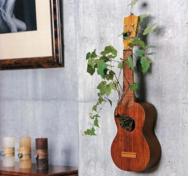 Super-Creative-Vertical-Garden-Ideas-28