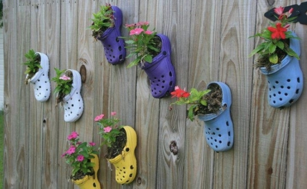 Super-Creative-Vertical-Garden-Ideas-29