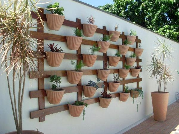 Super-Creative-Vertical-Garden-Ideas-31