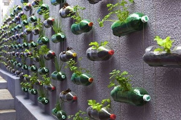Super-Creative-Vertical-Garden-Ideas-35