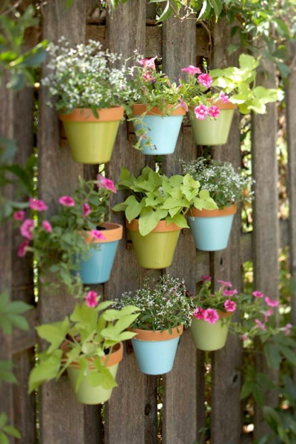 Super-Creative-Vertical-Garden-Ideas-4