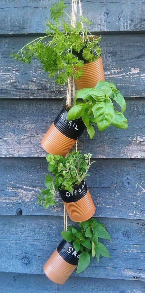 Super-Creative-Vertical-Garden-Ideas-8