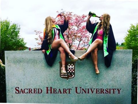 30-Best-Friend-Graduation-Picture-ideas