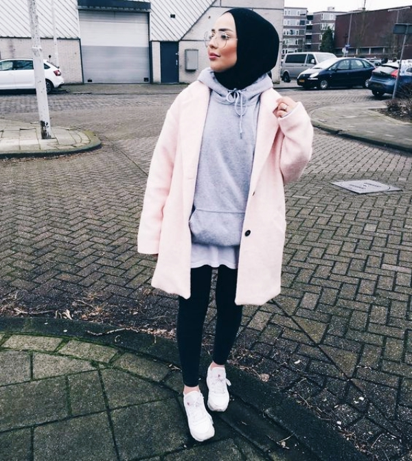 20 Attractive Hijab Winter Outfits - Buzz 2018