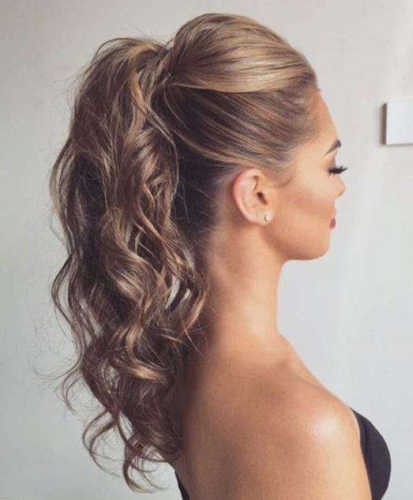 25 schöne und schnelle Haarhochsteckfrisuren mit einem Clip