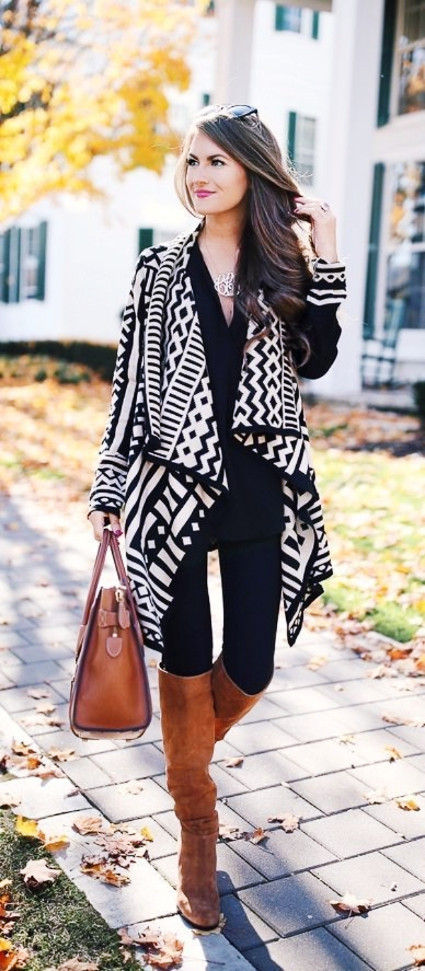Popular-Fall-Outfit-With-Leggings