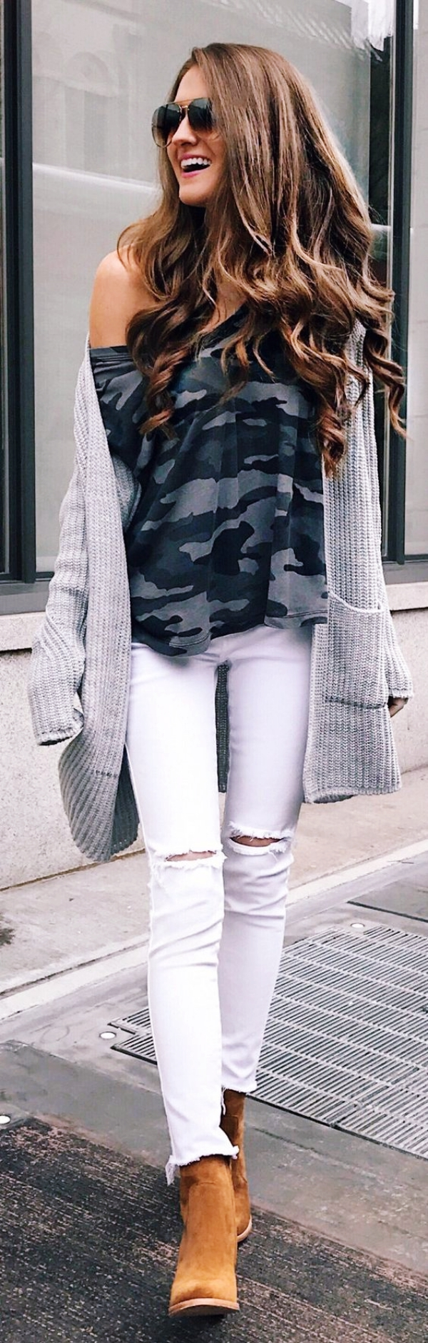 Sexy-Off-Shoulder-Winter-Outfits