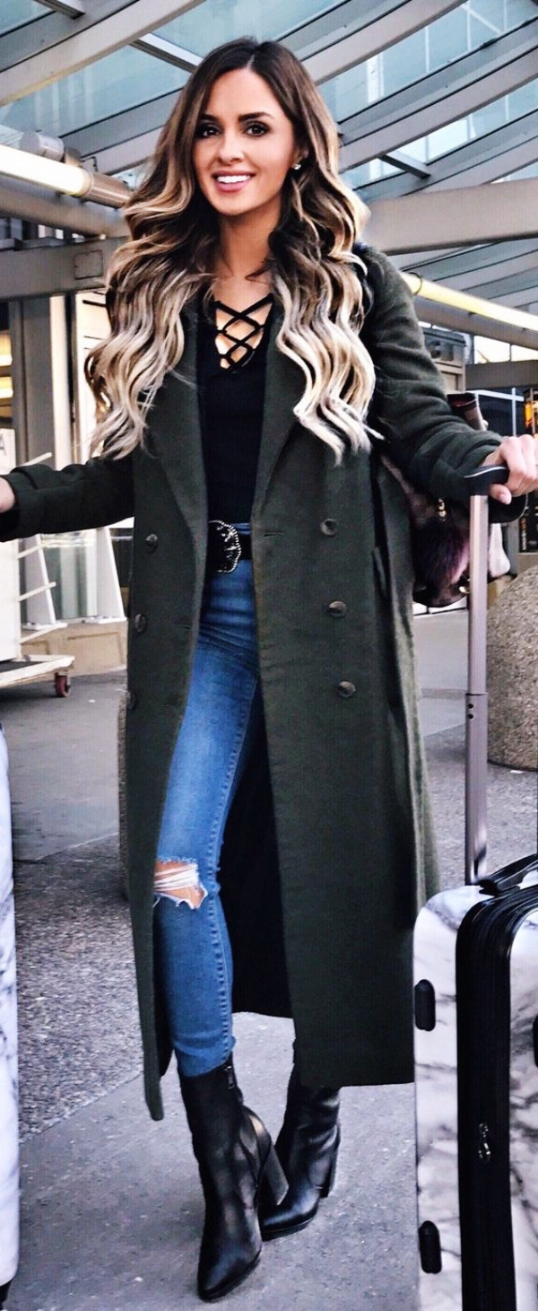 What to Wear for Holiday Travel Sexy