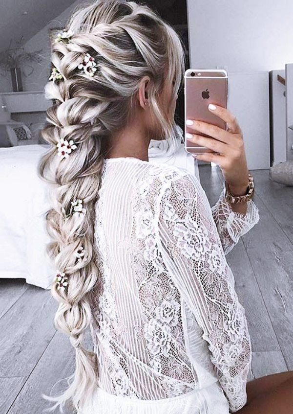 Gorgeous-Wedding-Hairstyles-For-Long-Hair