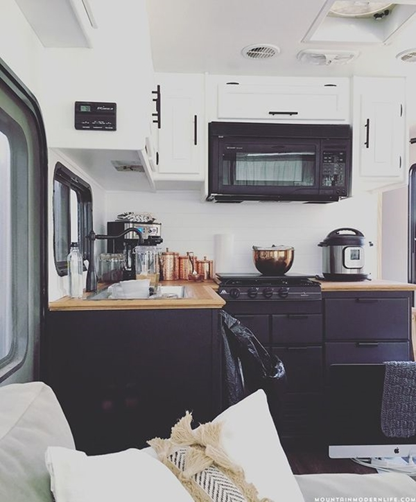 amazing-camper-remodeling-ideas-non-stop-travelers