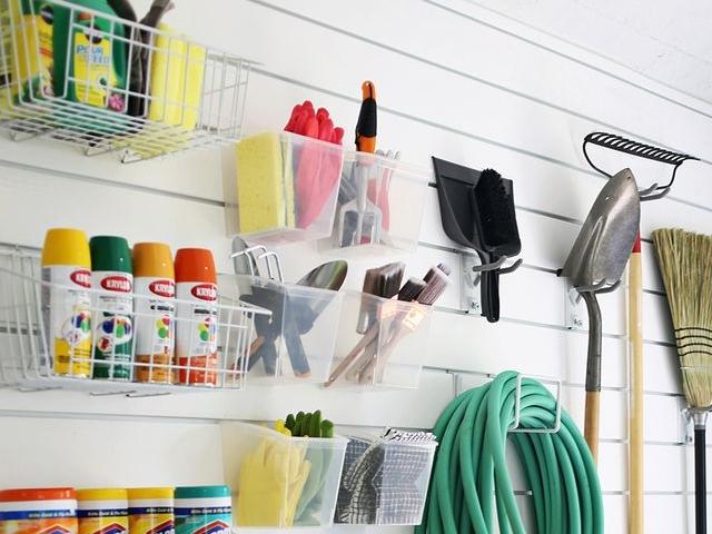 30 Useful Garage Workshop Arrangement Ideas