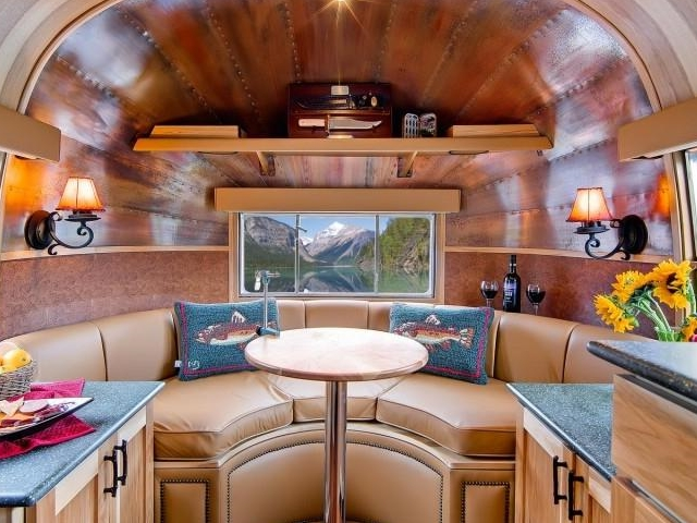 30 Amazing Camper Remodeling Ideas for Non-Stop Travelers