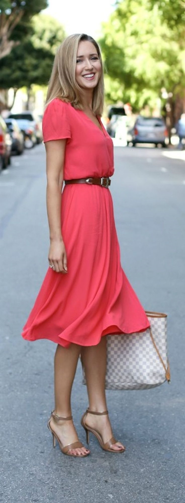 How to Wear Coral Sandals