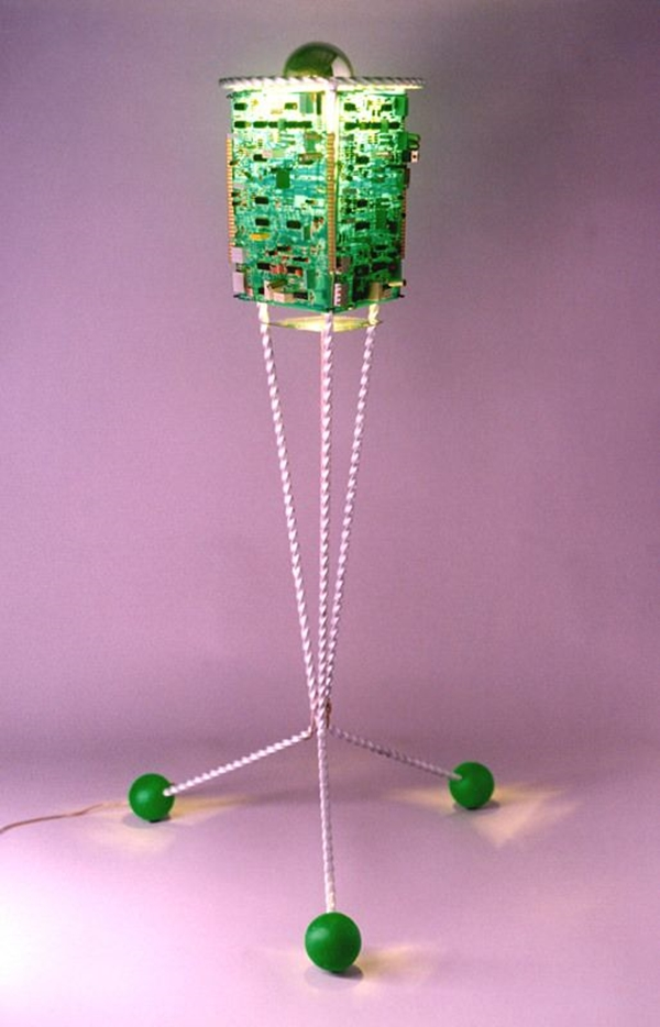 brilliant-ways-to-reuse-old-computer-parts-for-decoration