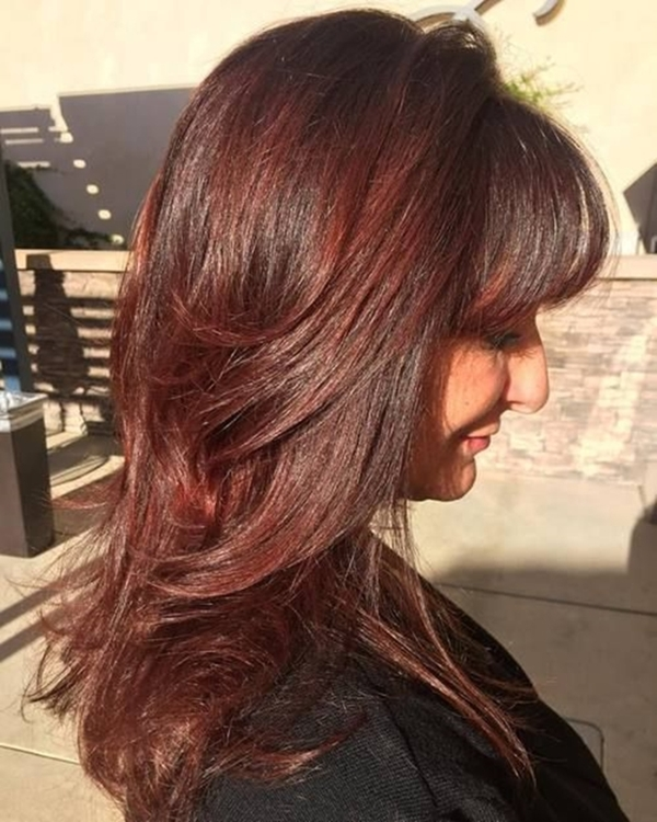 refreshing-hairstyles-for-women-over-40