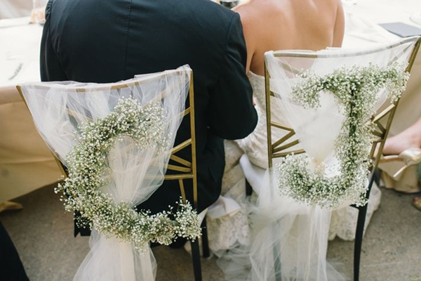 magical-wedding-chair-decoration-ideas