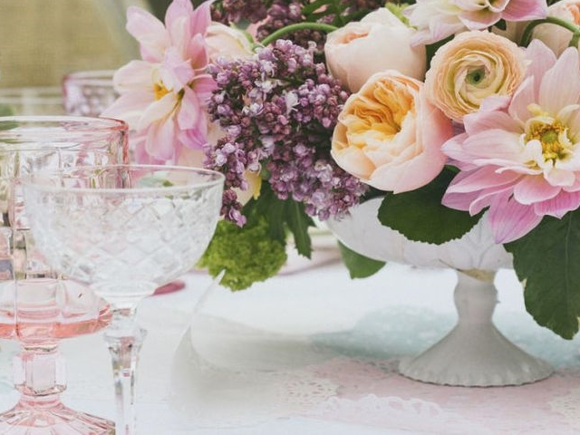45 Easy Table Decoration Ideas with Flowers
