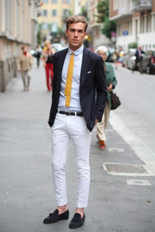 Ways-To-Wear-Tie-This-Winter