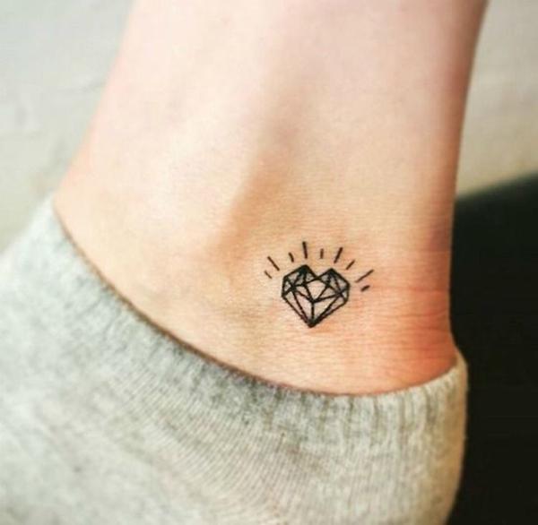 Tiny-Tattoo-Ideas-For-Working-Women