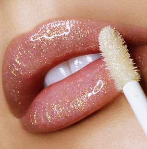 10-Ways-to-Repurpose-Your-Old-Lipsticks